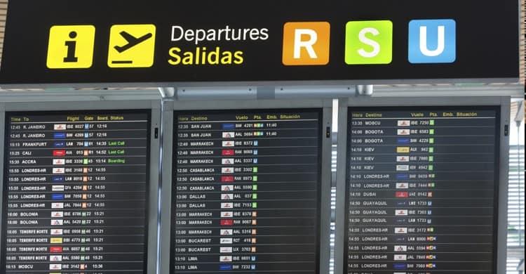 Viajes en bus al Madrid-Aeropuerto-Adolfo-Suárez-Barajas