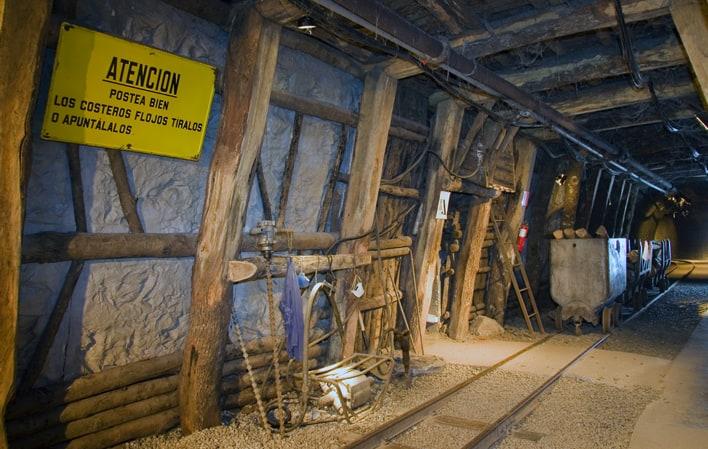 Visita colegios Museo de la Minería MUMI