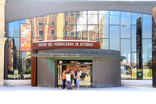 Visita colegios Museo del Ferrocarril de Gijón
