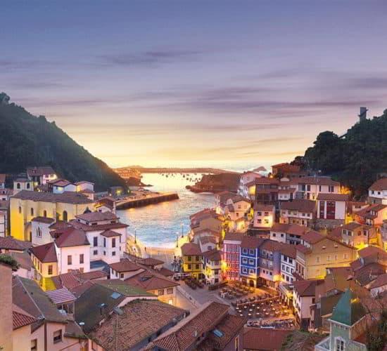 La costa de Asturias. Playas y pueblos marineros